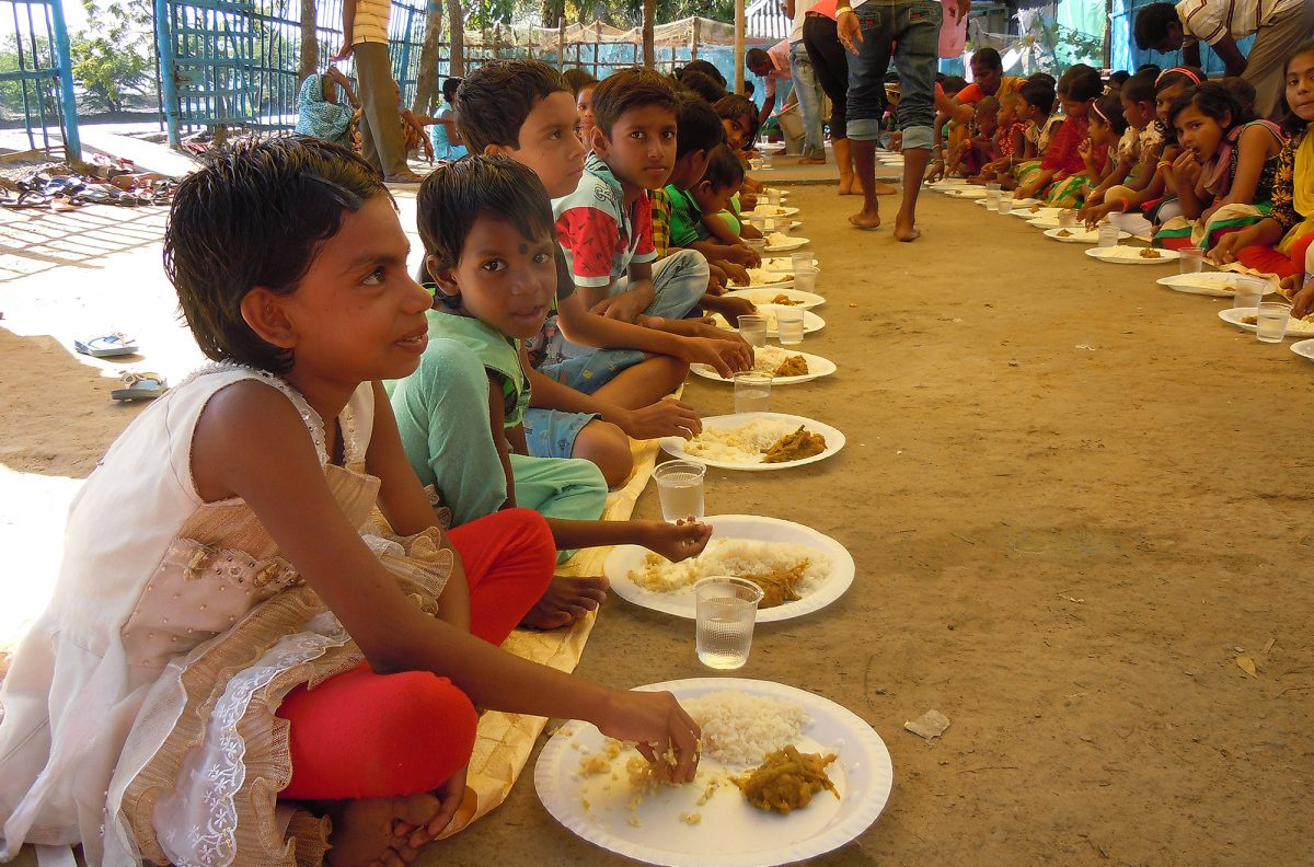 Vision for Asia Christmas Feeding Programme